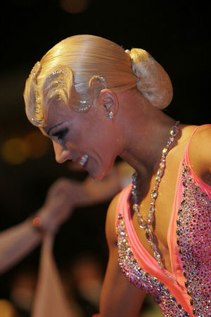 Латиноамериканские танцы прически
